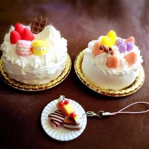 ホールケーキ&スイーツストラップ作り